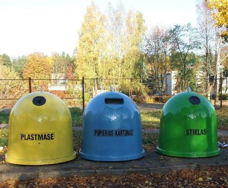 Antrinių žaliavų konteineriai