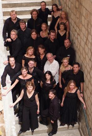 Koncerto rengėjų nuotr./Gidonas Kremeris (centre) su Kremerata Baltica