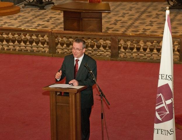 Profesorius Vytautas Nekrošius – jauniausias akademikas.