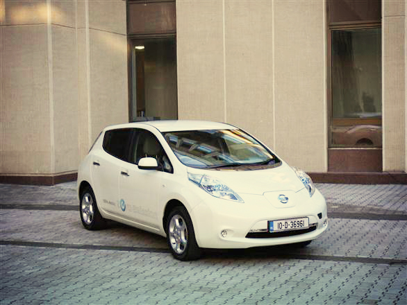 """Nissan Leaf"" Seimo kiemelyje"