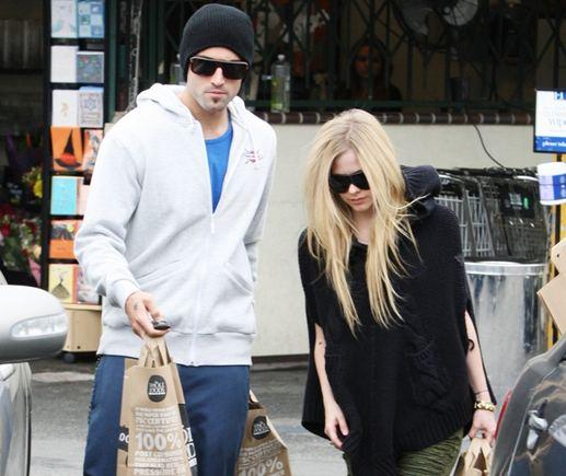 Scanpix nuotr./Avril Lavigne ir Brody Jenneris