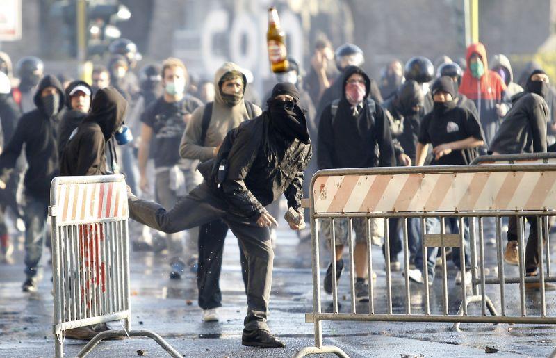 Bijoma, kad Londone vėl gali įvykti masiniai neramumai
