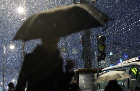Maskvą užgriuvo pirmasis sniegas