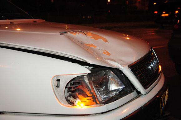 Taksi automobilis po avarijos