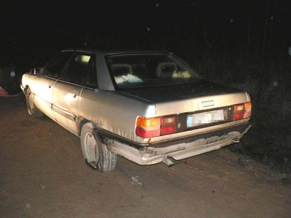 Prie vairo sėdėjęs vyras ignoravo specialiojo būrio pasieniečio reikalavimus