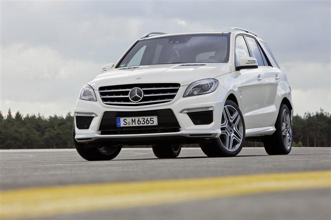 """""""Mercedes-Benz ML63 AMG"""" – 4,7 sek. iki šimto"""