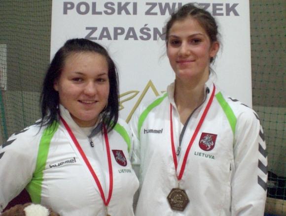 G.Blekaitytė ir D.Domikaitytė