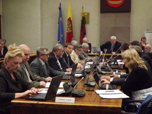 Klaipėdos valdžia tikisi Vyriausybės apsisprendimo dėl terminalų statybos.