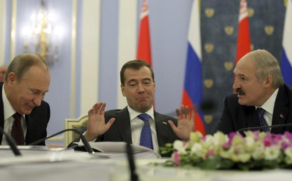 Vladimiras Putinas, Dmitrijus Medvedevas ir Aliaksandras Lukašenka