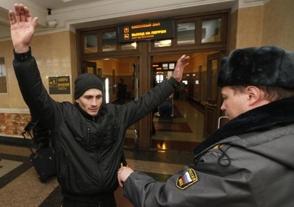 Prieš rinkimus visoje Rusijoje įvestos sustiprinto saugumo priemonės.