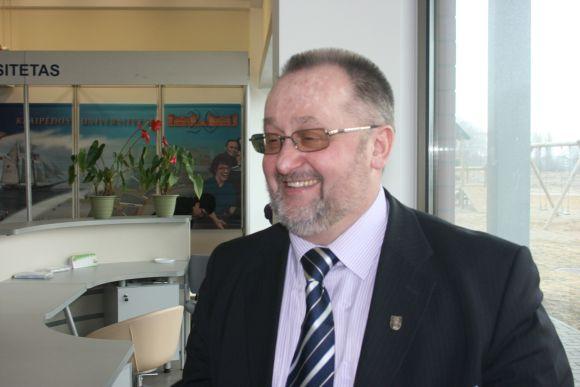 Vaidutis Laurėnas tapo naujuoju Klaipėdos universiteto rektoriumi.