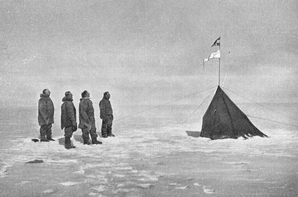 Roaldo Amundseno ekspedicija Pietų ašigalį pasiekė 1911 m. gruodžio 14 d.