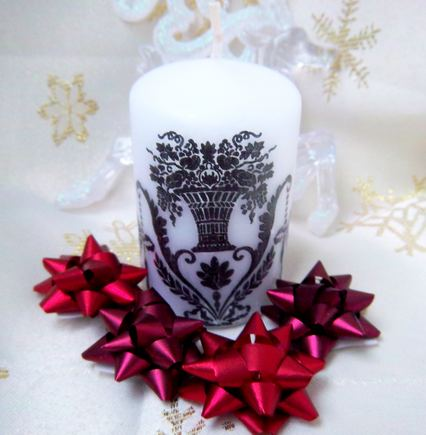 Nudekoruota žvakė
