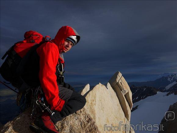 M.M. alpinistų nuotr./Gedas ant Guillaumet viraūnės