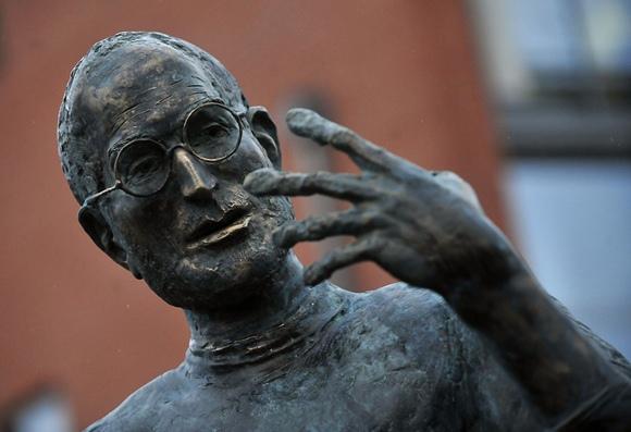 Steve'o Jobso bronzinė statula