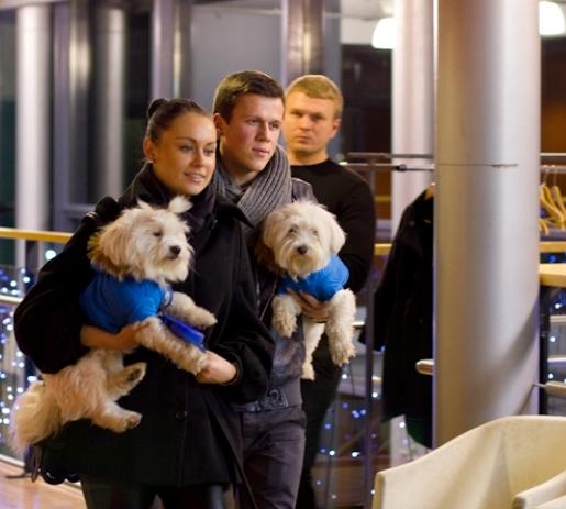 Į filmo peržiūrą rinkosi šunų mylėtojai