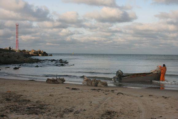 Pirmąjį naujųjų metų rytą žvejai traukė gaudyti stintų.