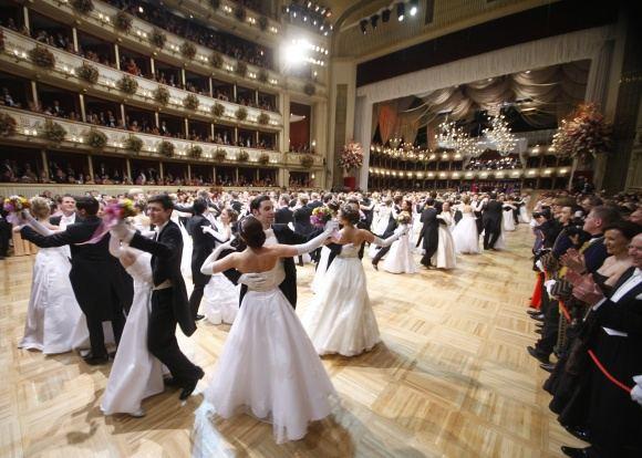 Scanpix nuotr./2012-ųjų Vienos operos pokylis