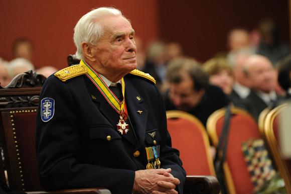 Viktoro Ašmensko 100 metų jubiliejaus paminėjimo akimirka Vilniaus rotušėje