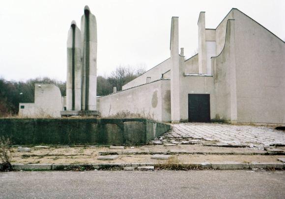 Asmeninio Frederico Chaubino archyvo nuotr./Sovietinio brutalumo grožis,  taip pristatomas F.Chaubino albumas, į kurį sugulė   sovietinės moderniosios architektūros pastatų nuotraukos