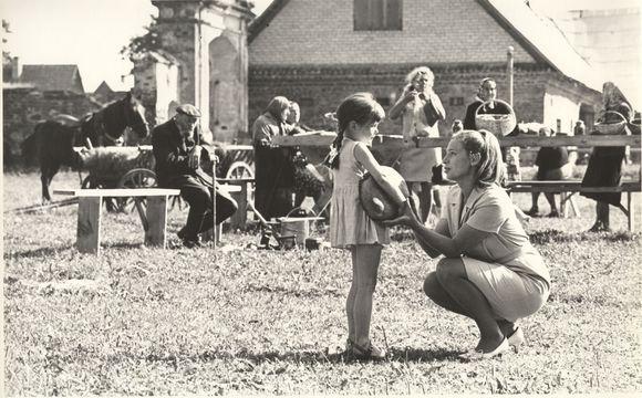 """Filmas """"Birželis, vasaros pradžia"""" (1969)."""