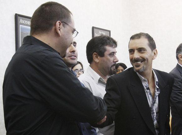 AP/Scanpix nuotr./Prisiekusiųjų verdiktas pradžiugino Americo Lopeso bendradarbius.