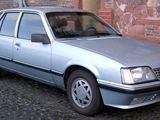 "Gamintojo nuotr./""Opel Senator"""