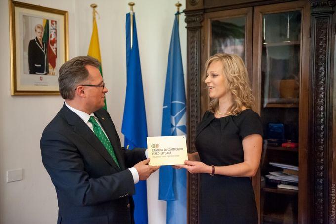 ILPR nuotr./Lietuvos ambasadorius Italijoje Petras Zapolskas ir Ieva Gaižutytė