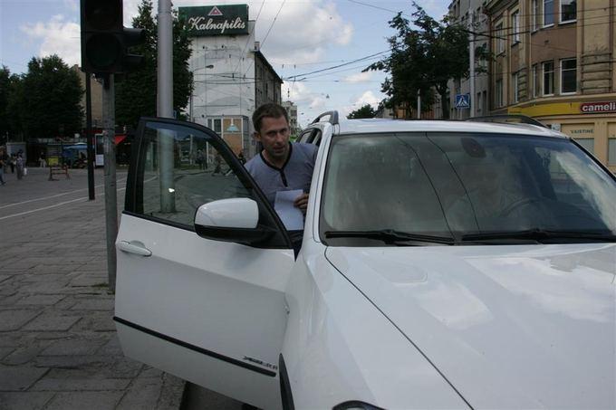 Teodoro Biliūno nuotr./Ia teismo Egidijus Dragūnas-Selas iavyko BMW visureigiu