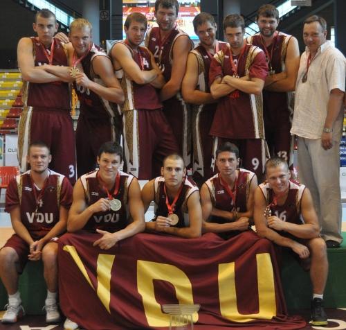 VDU ekipa jau šeštąjį kartą tapo Europos studentų krepšinio čempionais