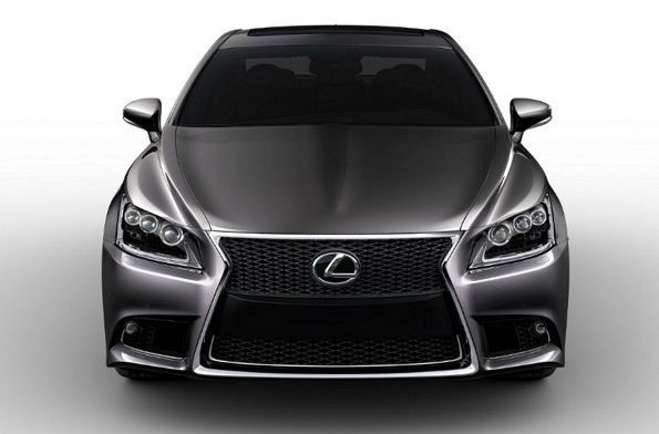 Naujais Lexus LS