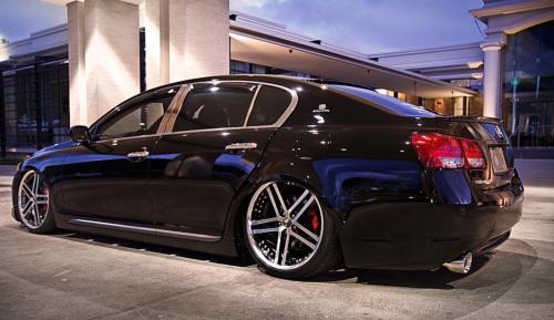 Lexus GS patobulintas VIP stiliumi