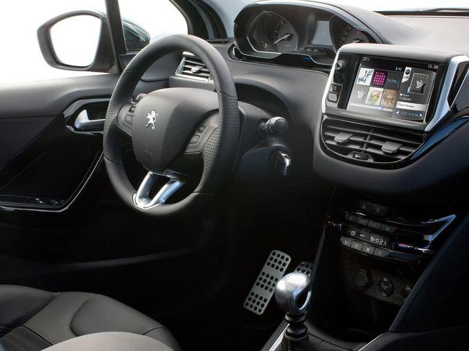 Gamintojo nuotr./Peugeot 208