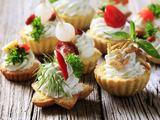 Fotolia nuotr./Krepaeliai su ožkų pieno sūrio kremu