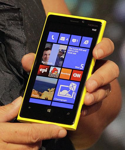 "AFP/""Scanpix"" nuotr./""Nokia Lumia 920"""