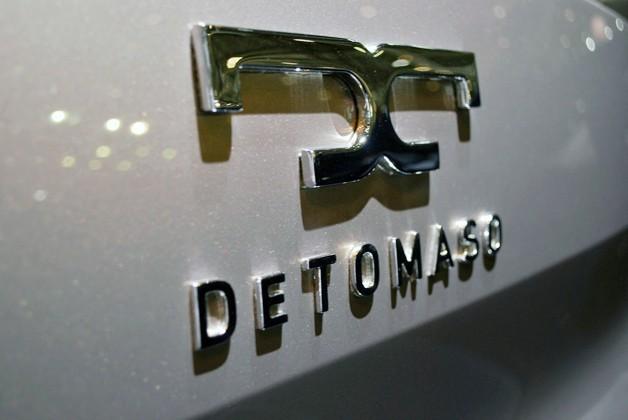 De Tomaso logotipas