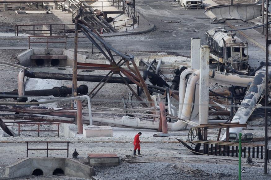 Sprogimo priežastys naftos bendrovėje kol kas tiriamos.