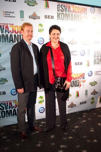 Viganto Ovadnevo nuotr./Daina Gudzinevičiūtė su vyru Tadu Griniuku