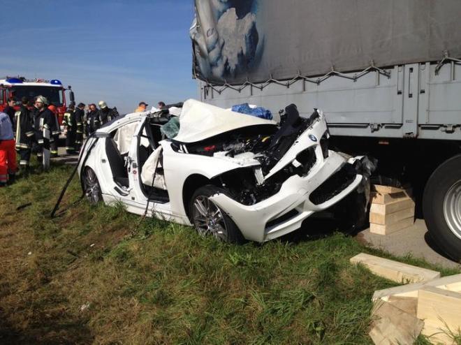 BMW avarija, kurioje žuvo automobilių bandytojas
