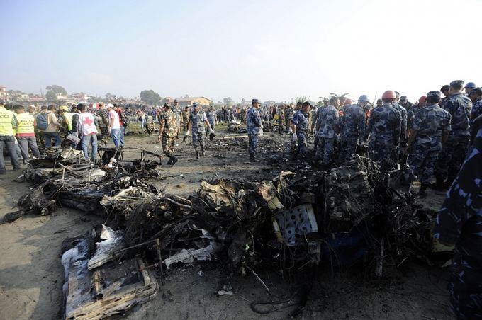 AFP/Scanpix nuotr./Aviakatastrofa Nepale