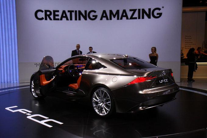Pauliaus Sviklo/GAZAS.LT nuotr./Lexus LF-CC