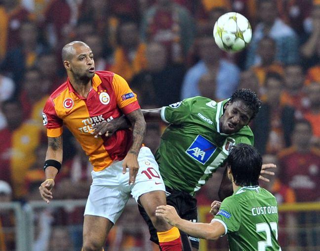 AFP/Scanpix nuotr./Braga žaidėjas Douglao