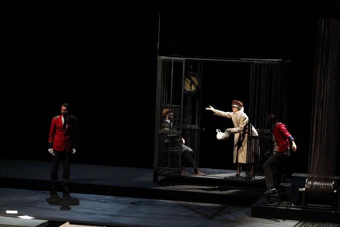 Eriko Ovčarenko/15min.lt nuotr./Dramos teatre