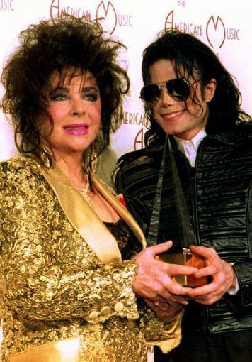 """""""Scanpix"""" nuotr./Michaelas Jacksonas ir Elizabeth Taylor – daugiausiai po mirties uždirbančios garsenybės"""