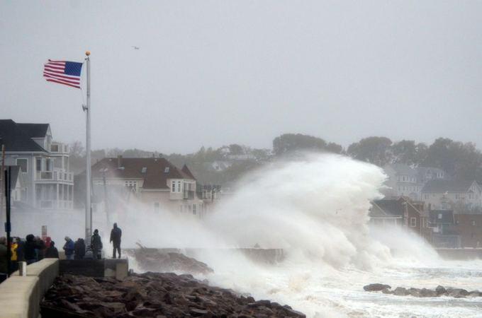 Scanpix nuotr./Uraganas Sandy tvindo JAV rytų pakrantės miestus.