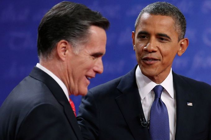 AFP/Scanpix nuotr./Mittas Romney ir Barackas Obama