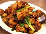 Fotolia nuotr. / Kiniška vištiena