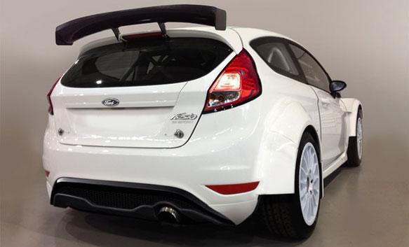 Gamintojo nuotr./Ford Fiesta R5 ralio automobilis