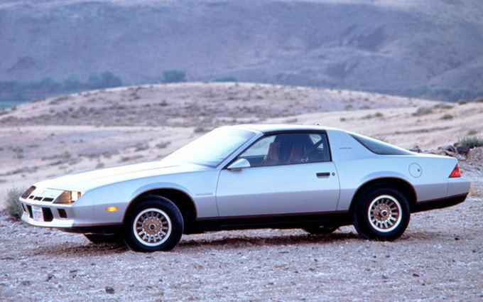 Gamintojo nuotr./Chevrolet Camaro Iron Duke