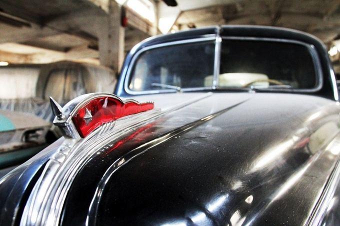 Organizatorių nuotr./Kauno Kęstučio gatvėje esančiose patalpose slypi automobilių kolekcija